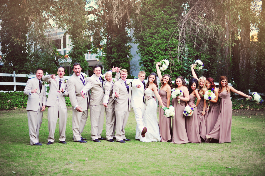 Fun_bridal_party_in_light_grey_and_browns.full
