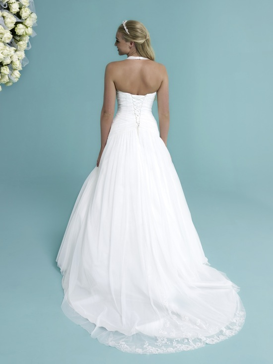British Bridal Trends on OneWed