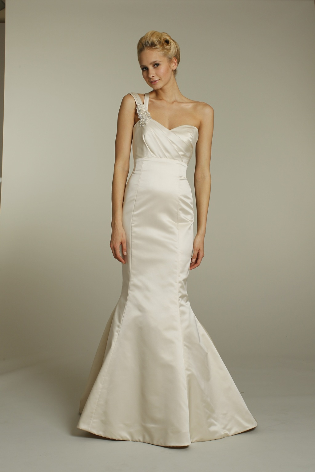 9159-alvina-valenta-wedding-dress-2011-bridal-gowns-champagne-satin-mermaid-one-shoulder-front.full