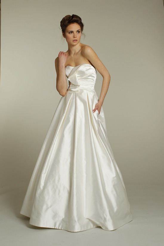 Classic strapless a-line silk taffeta wedding dress by Alvina Valenta