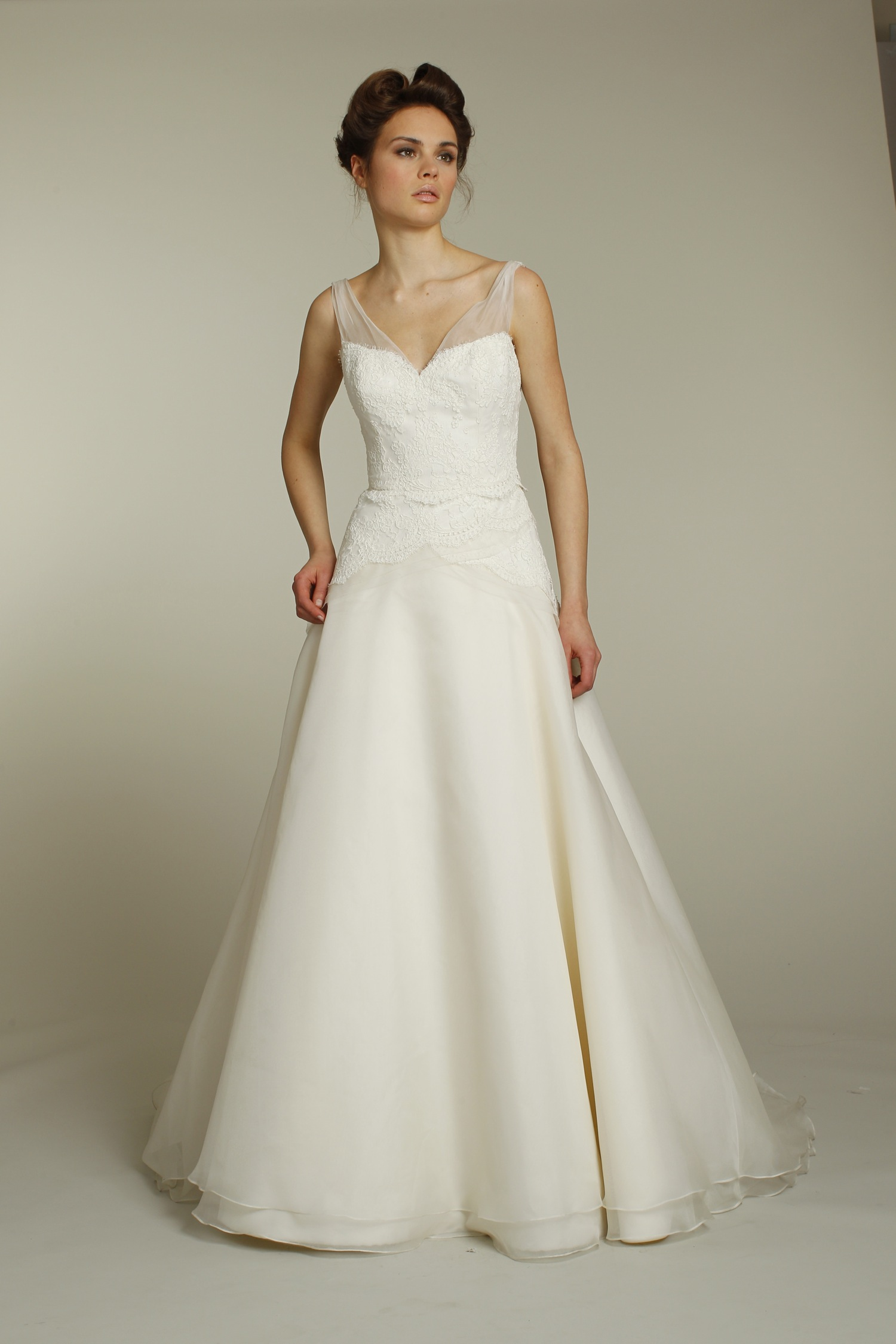 classic ivory a line wedding dress with lace applique and