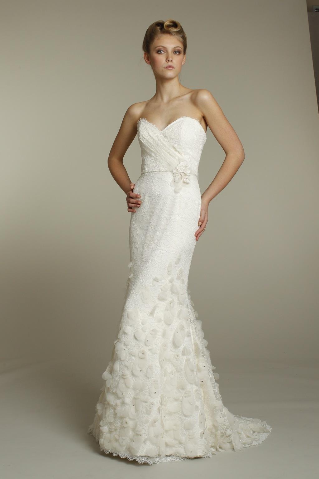 9163-alvina-valenta-wedding-dress-2011-bridal-gowns-ivory-mermaid-ivory-front.full