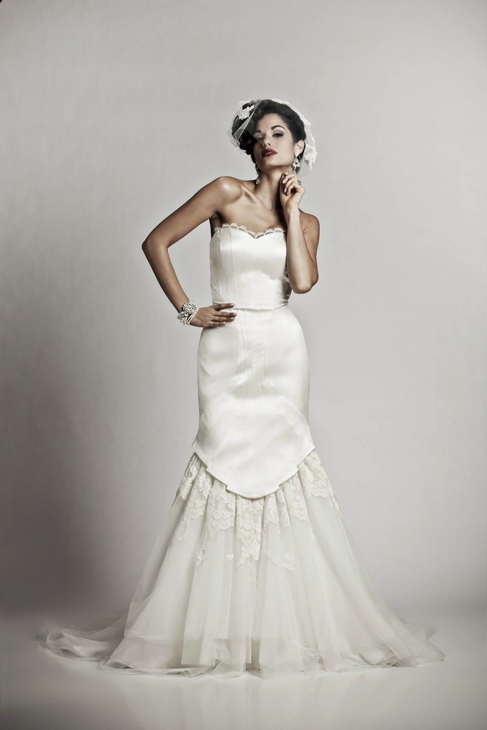 Ivory tea length vintage inspired bridal gown with sweetheart neckline ombrellifo Choice Image