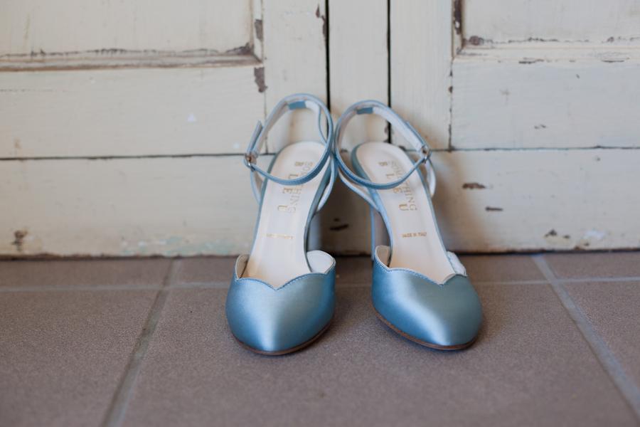 Something_blue_bridal_shoes.full