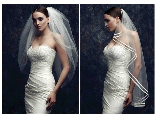 Romantic and classic fingertip length bridal veils from Paloma Blanca