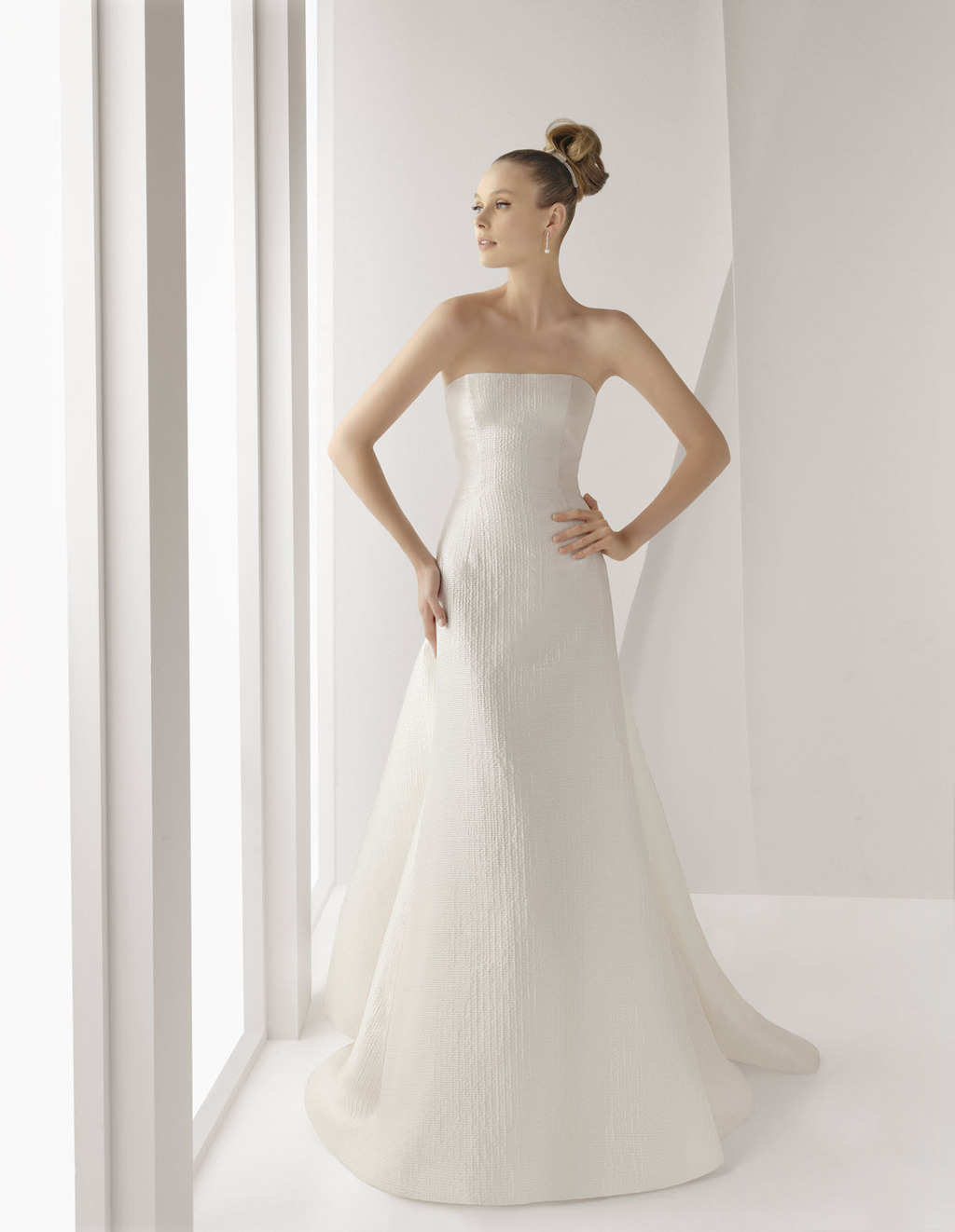 Simple and classic ivory strapless a line wedding dress