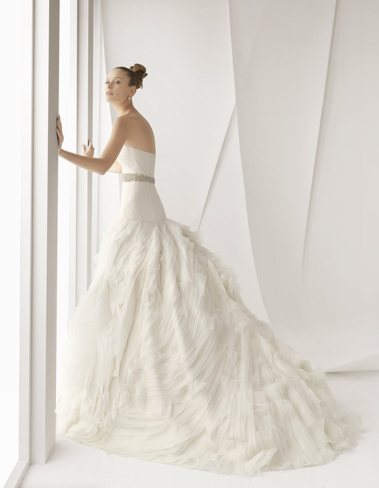 Classic and romantic strapless a-line ivory wedding dress with beaded bridal belt by Rosa Clara, Spr