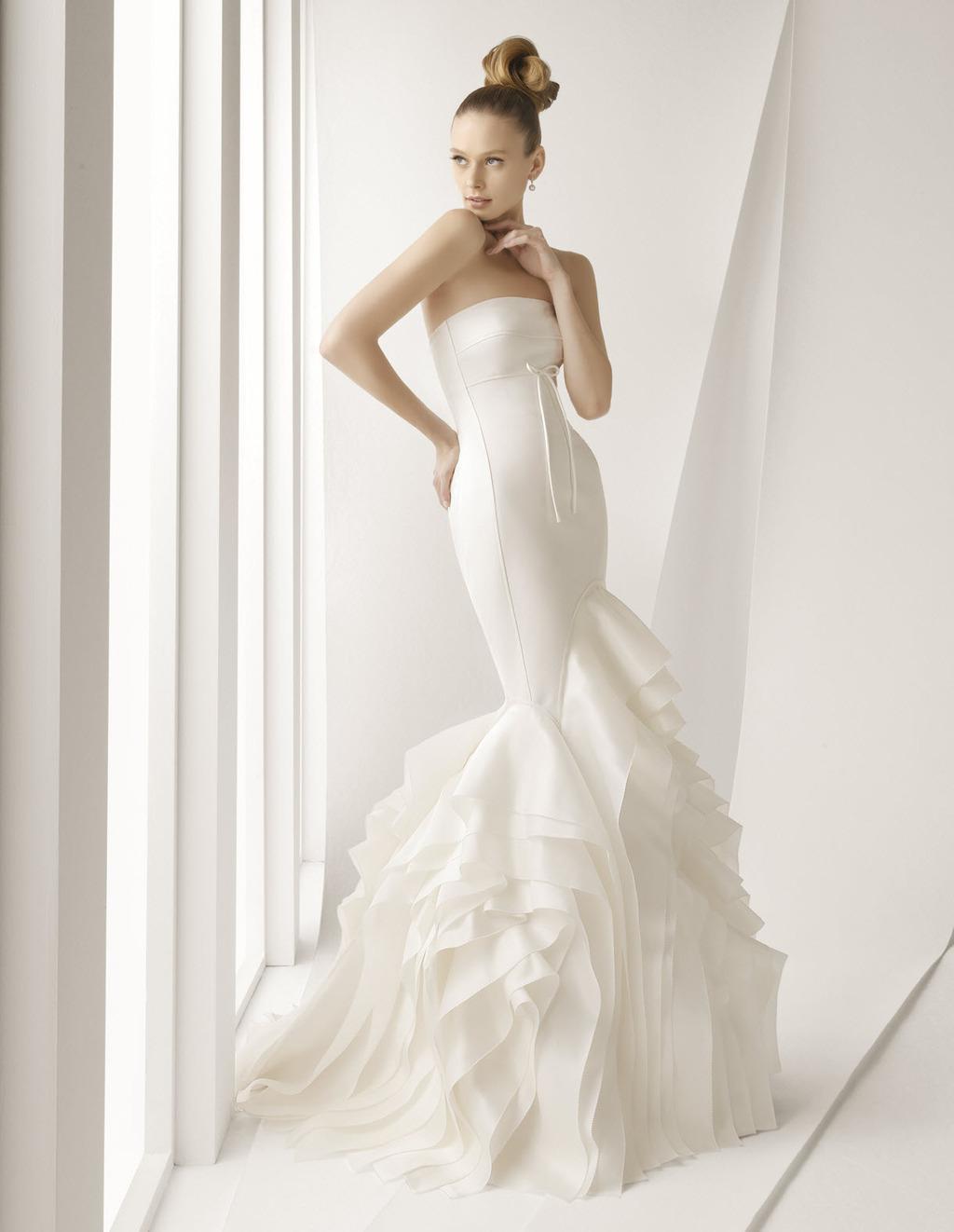 Agnes-spring-2012-wedding-dress-rosa-clara-bridal-gowns-strapless-dramatic-mermaid.full