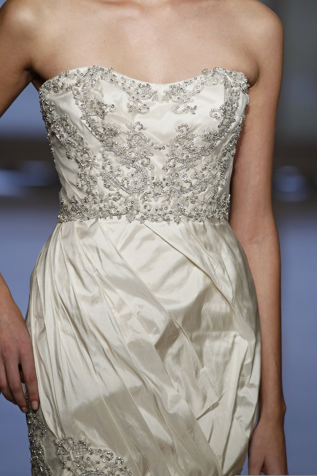 Aella by Ines Di Santo 2014 Couture Collection