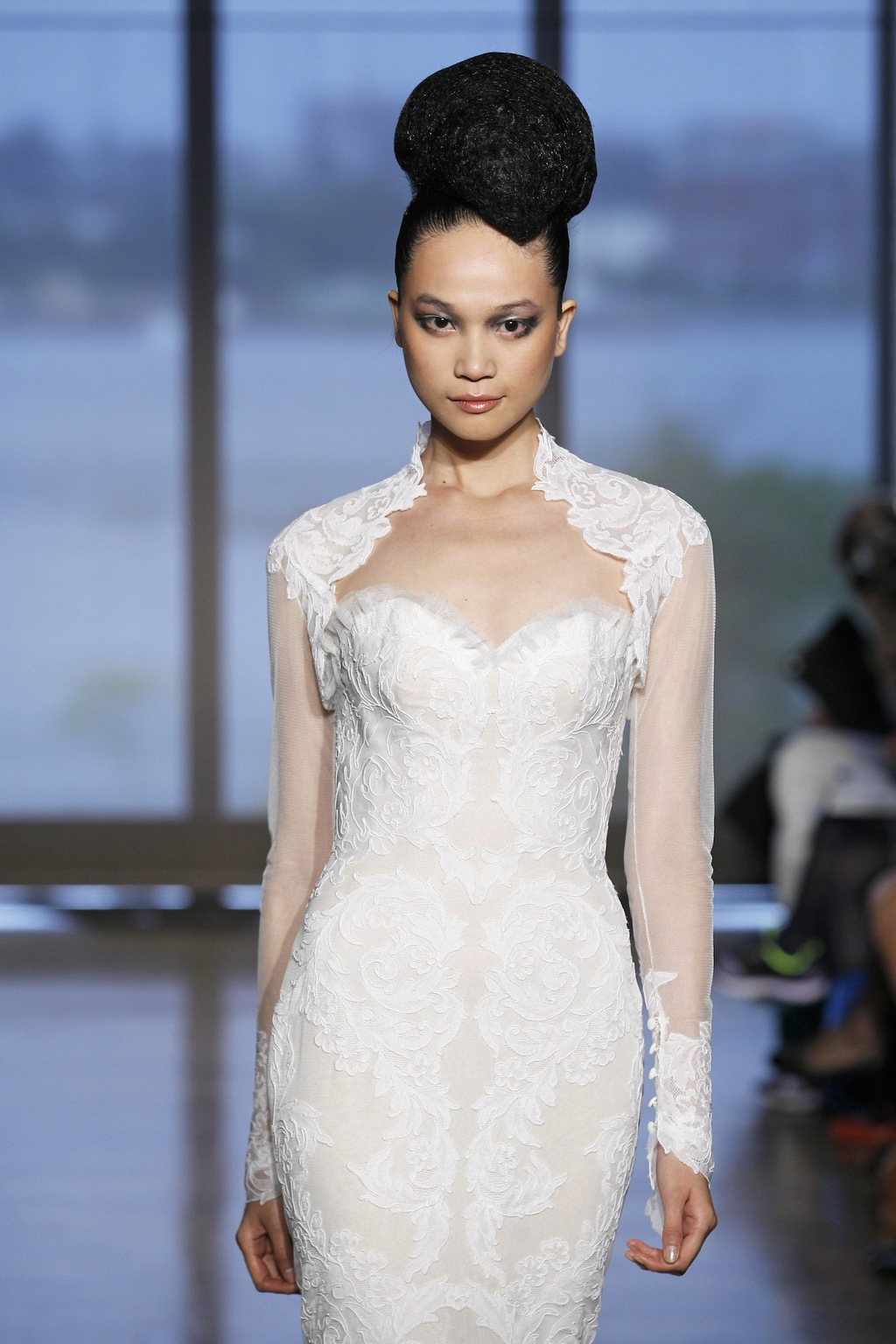 Airlia_by_ines_di_santo_2014_couture_collection_4.full