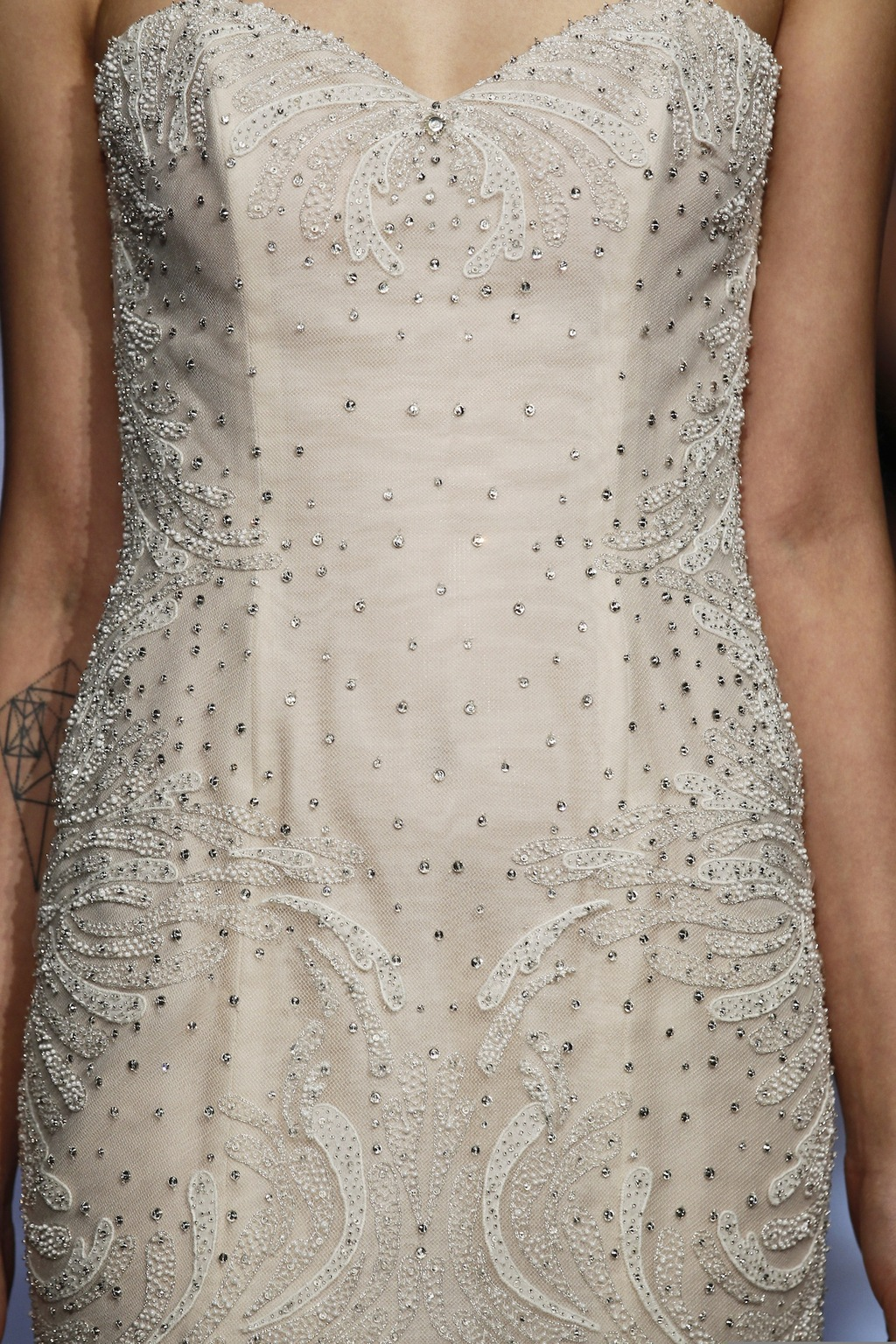 Alexa_by_ines_di_santo_2014_couture_collection_4.full
