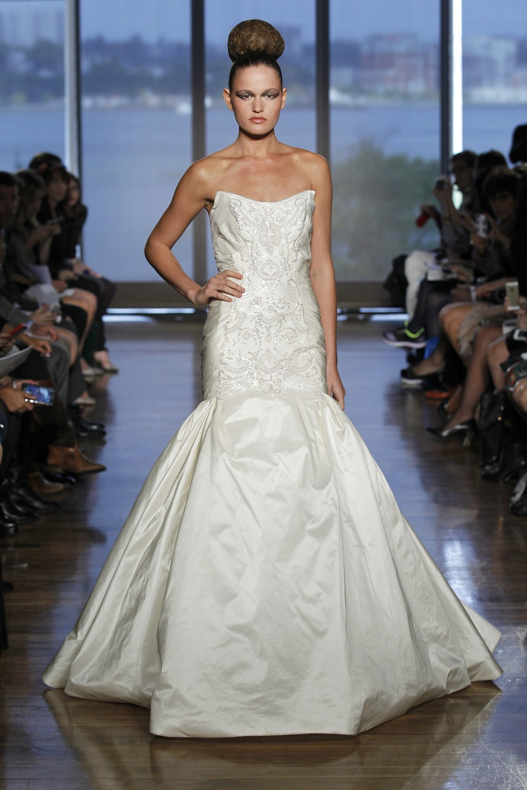 Chara_by_ines_di_santo_2014_couture_collection_.full