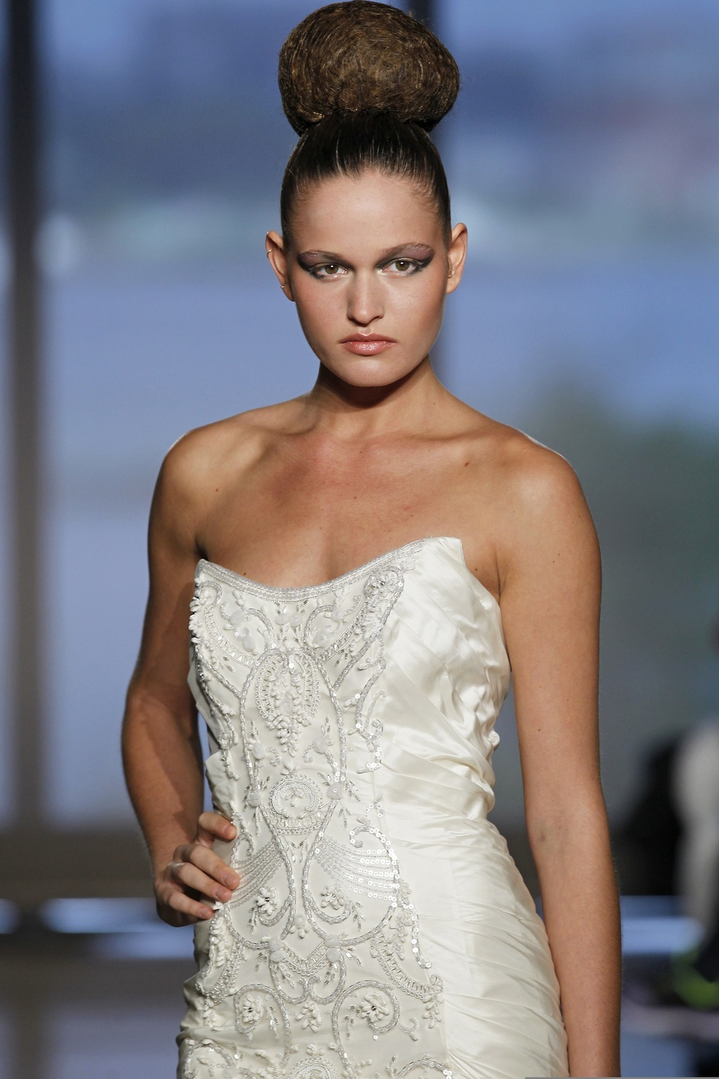 Chara_by_ines_di_santo_2014_couture_collection_3.full