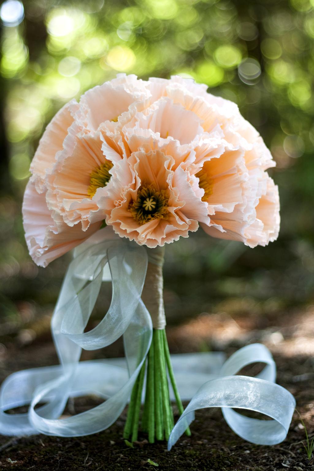 Unique-wedding-flowers-paper-bridal-bouquets-diy-wedding-ideas.full