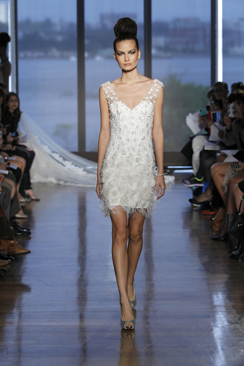 Eos_by_ines_di_santo_2014_couture_collection_.full