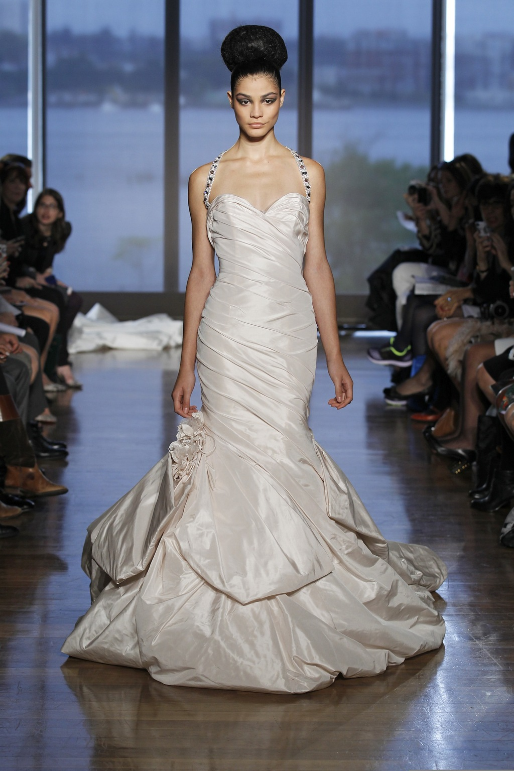 Rhea_by_ines_di_santo_2014_couture_collection.full