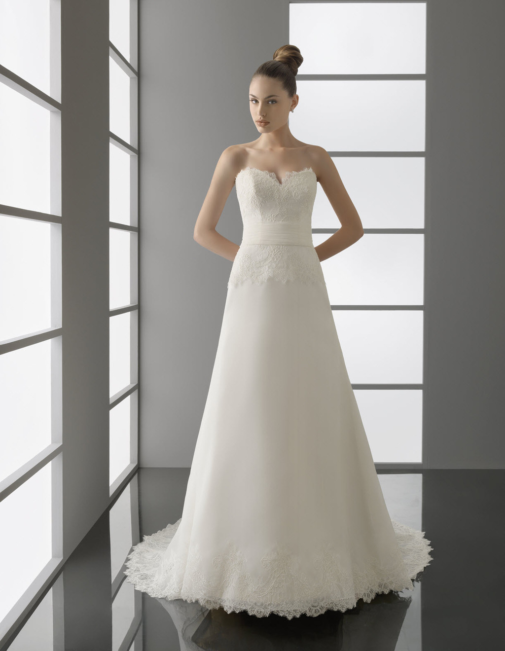 Paul-lace-wedding-dress-spring-2012-bridal-gowns-classic-style.full