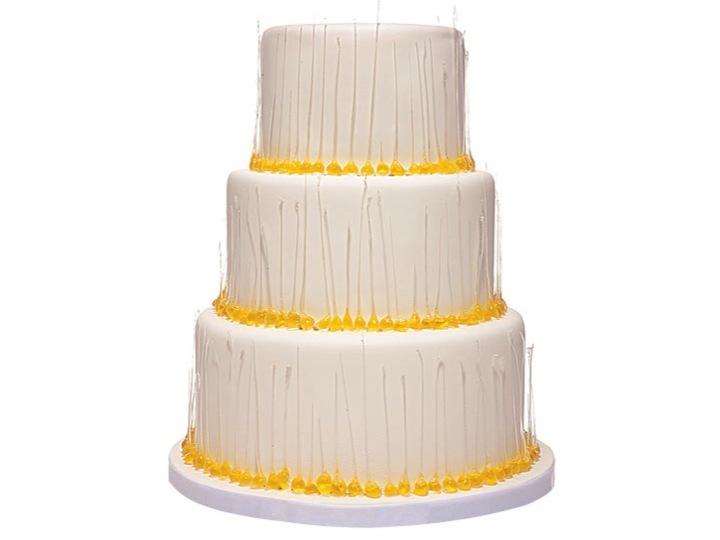 Classic-ivory-wedding-cake-with-yellow-gumdrop-design.full