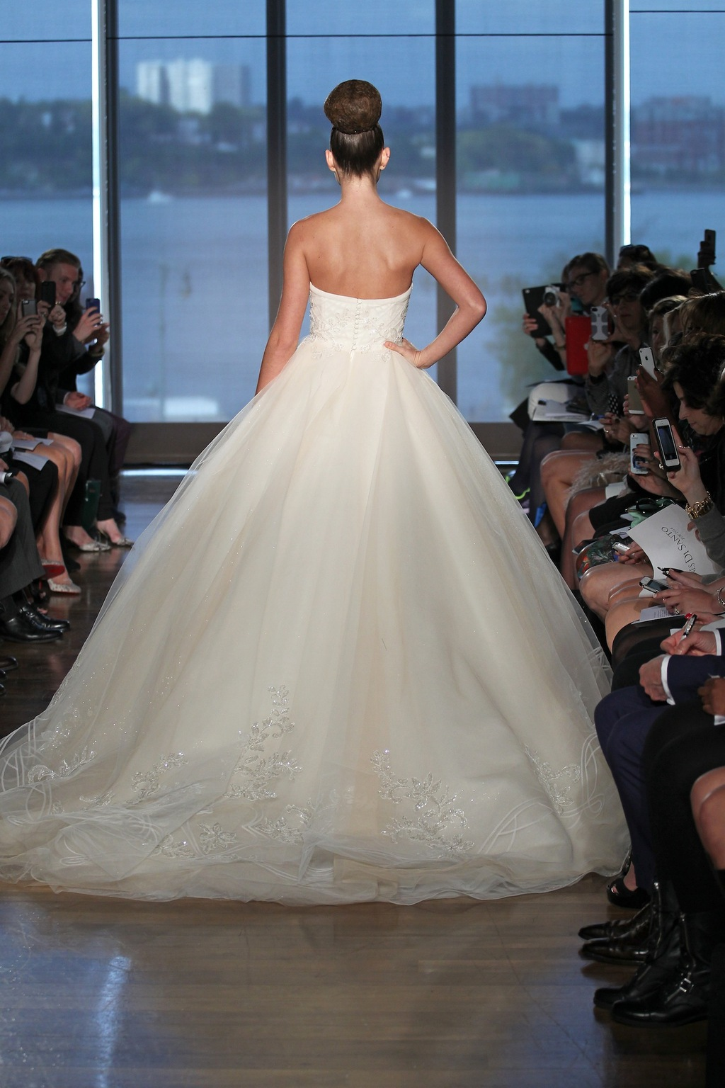 Halle_by_ines_di_santo_2014_couture_collection_2.full
