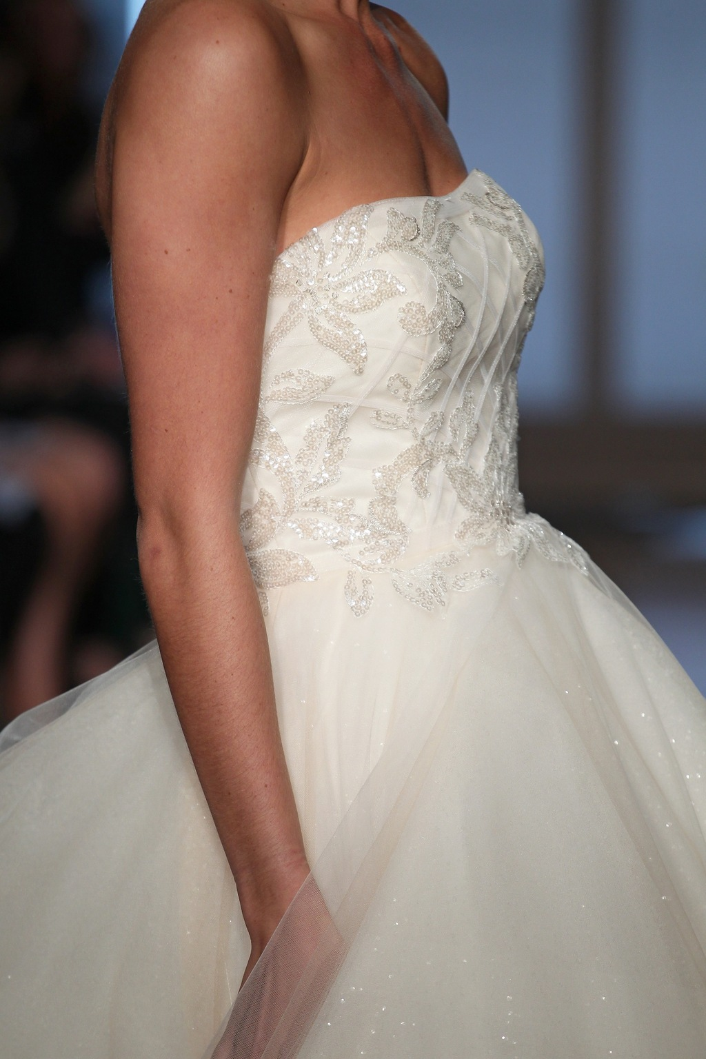 Halle_by_ines_di_santo_2014_couture_collection_3.full