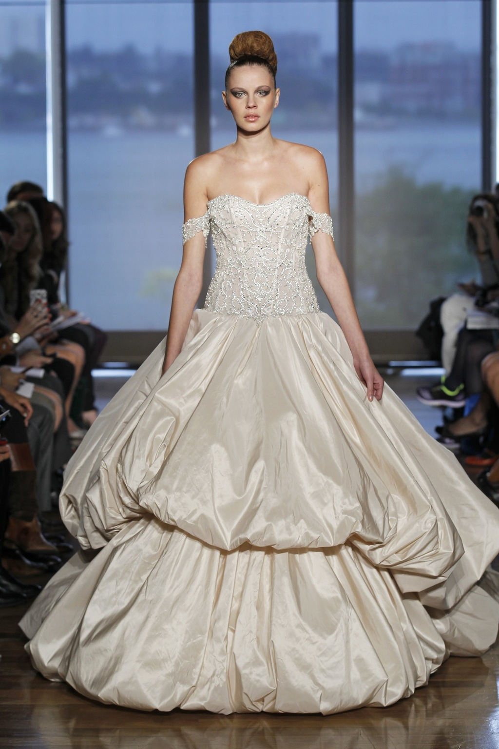 Metis_by_ines_di_santo_2014_couture_collection.full
