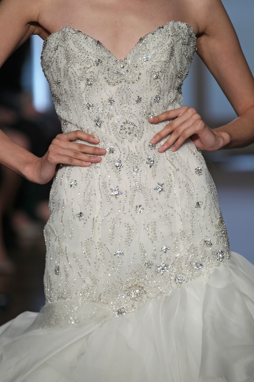Leda_by_ines_di_santo_2014_couture_collection_4.full