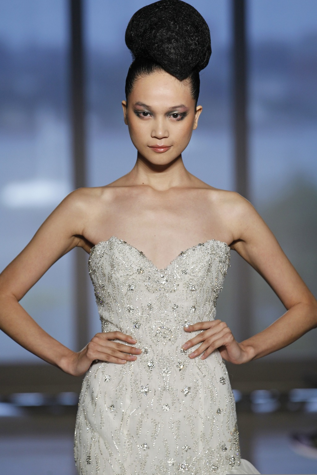 Leda_by_ines_di_santo_2014_couture_collection_5.full