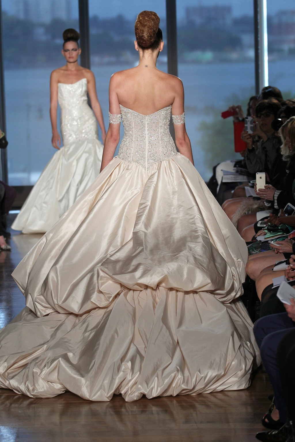 Metis_by_ines_di_santo_2014_couture_collection_2.full