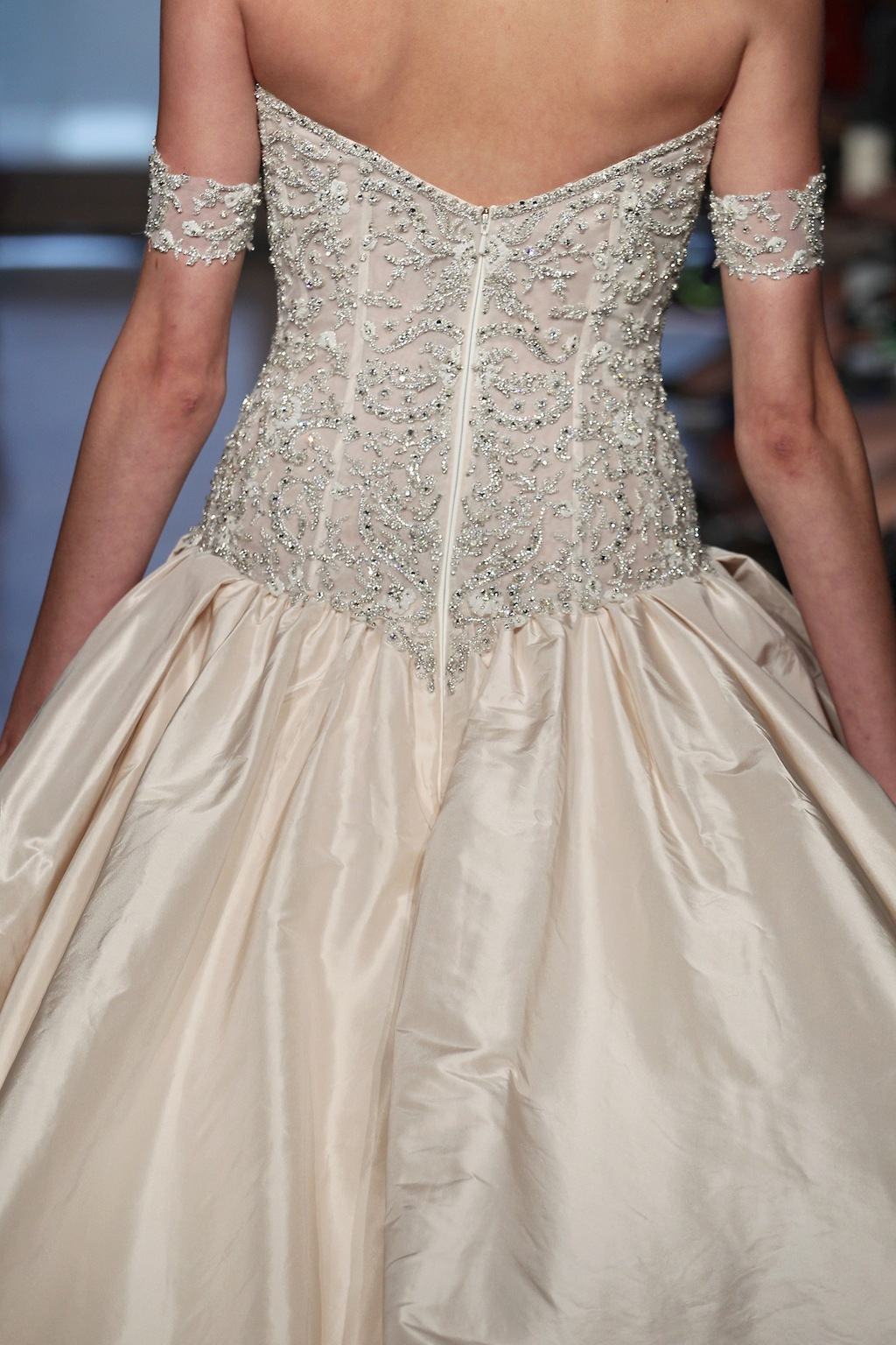 Metis_by_ines_di_santo_2014_couture_collection_3.full