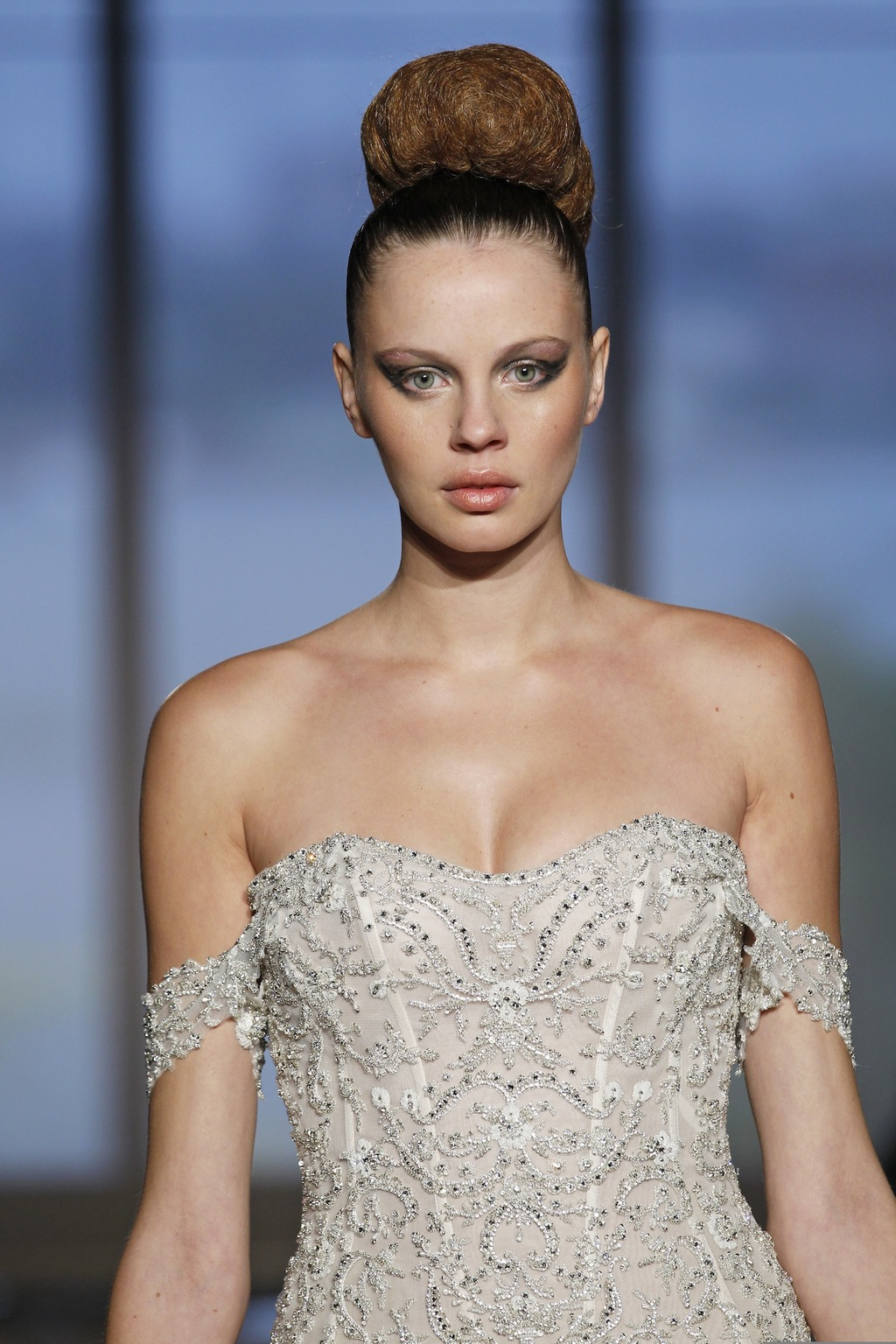Metis_by_ines_di_santo_2014_couture_collection_4.full