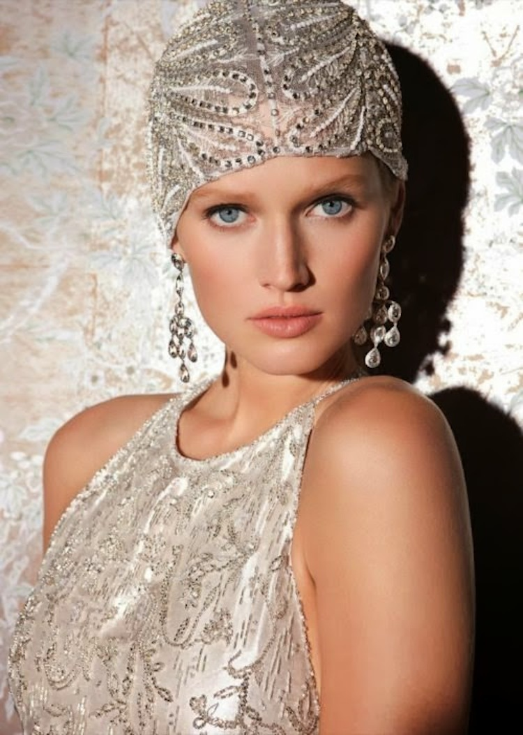 Beaded bridal cap for the New Year s Eve bride