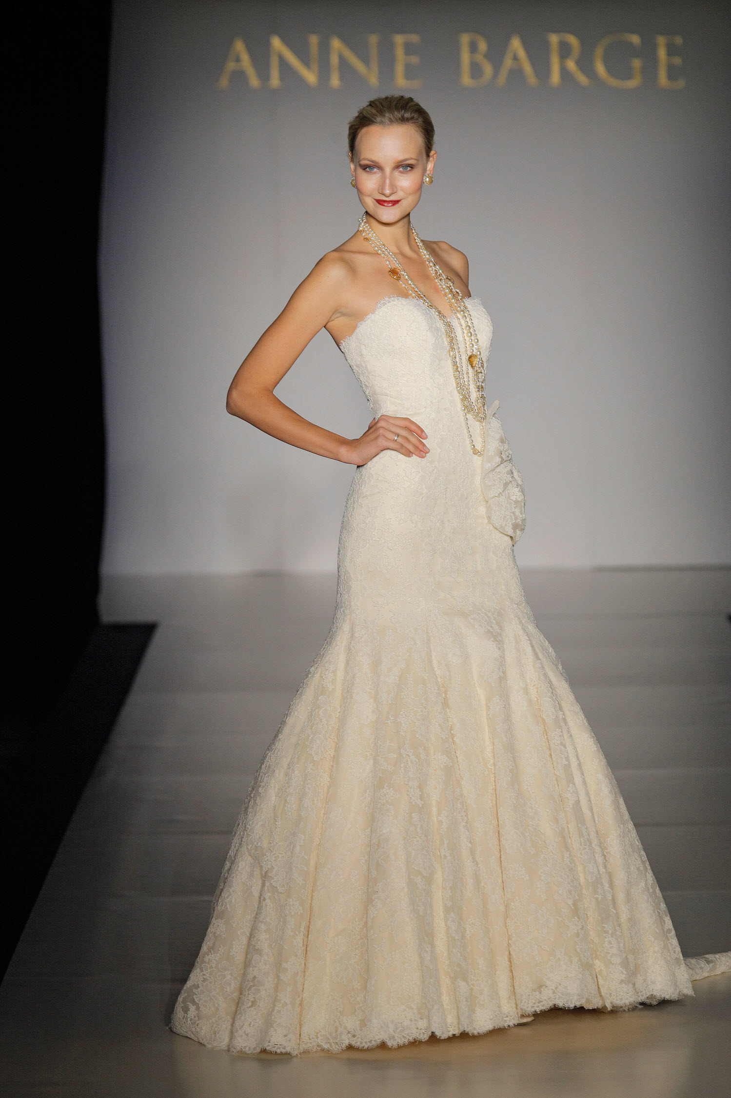 Ivory lace sweetheart neckline drop waist wedding dress by