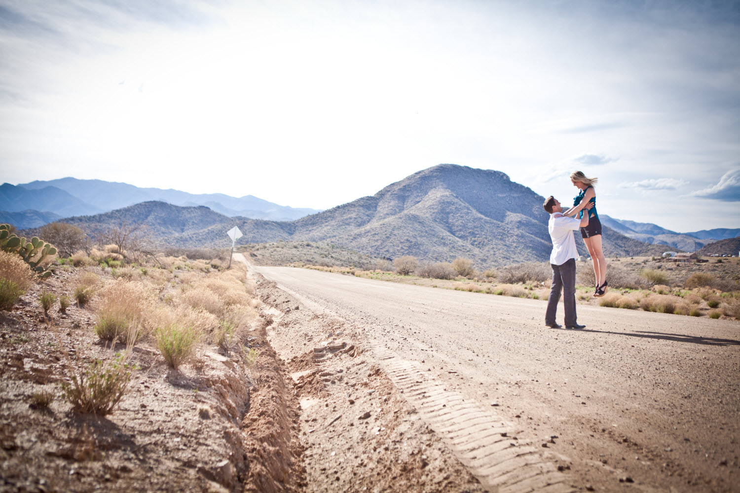 Outdoor-engagement-session-wedding-photography-arizona.original
