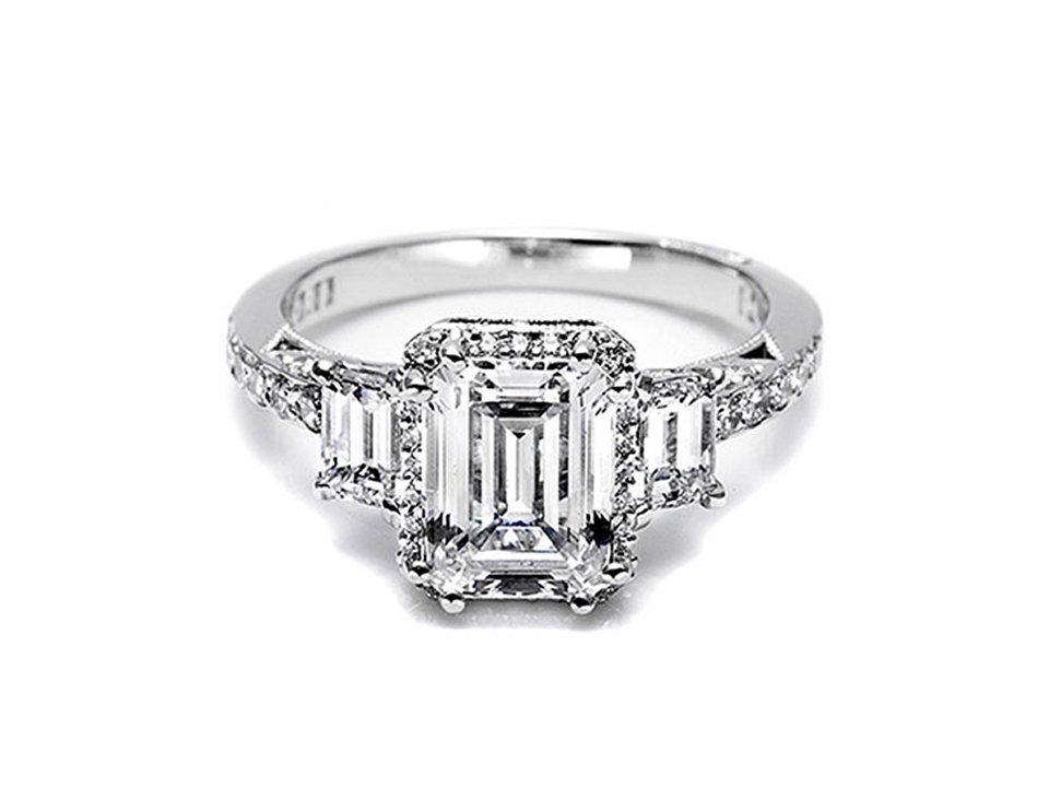 Tacori-engagement-ring-celebrity-engagements-kim-kardashian-emerald-cut.full