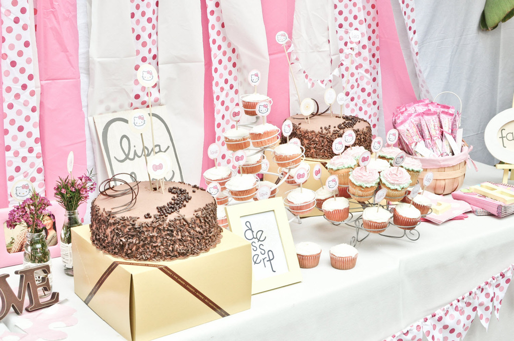 Girly California bridal shower with pink and white color palette and a Hello Kitty theme