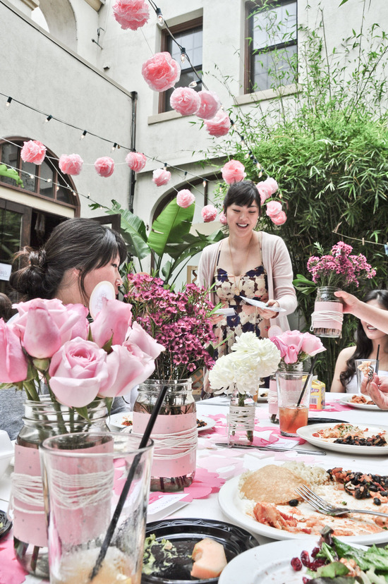 Beautiful Asian bride hosts California bridal shower with Hello Kitty theme
