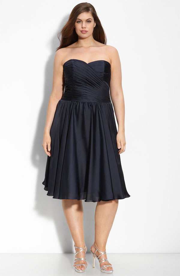Chic deep navy blue plus size bridesmaid dress by monique for Blue wedding dresses plus size