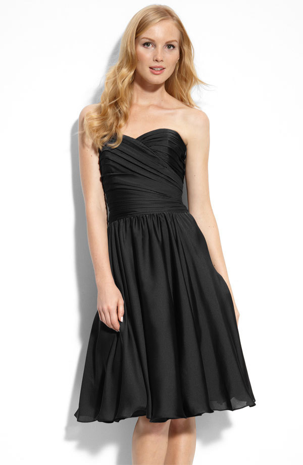 Black-sweetheart-bridesmaids-dress-monique-lhuillier.full