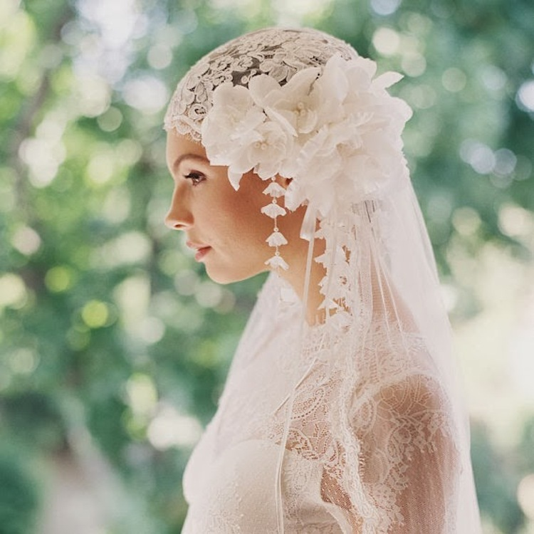 1920s_headpiece_and_lace_veil_by_erica_elizabeth_design.full