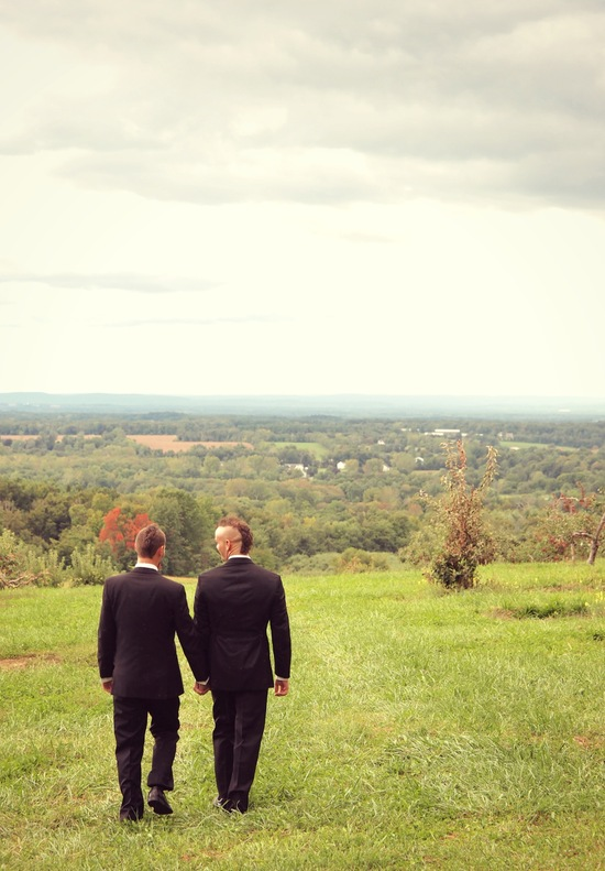 Wedding couple with fantastic Connecticut view