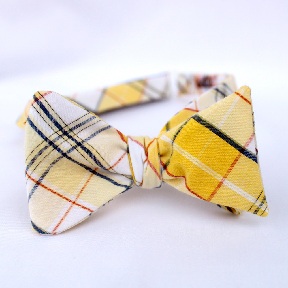 Plaid-grooms-bow-tie-yellow-navy-wedding-color-palette.full