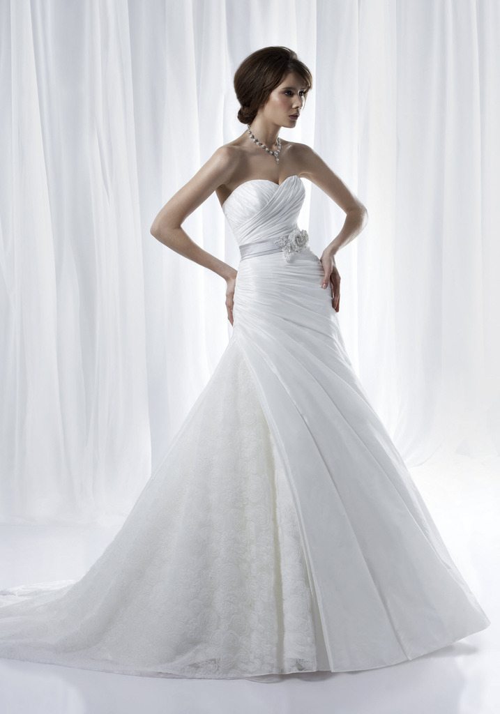 photo of 2012 Wedding Dresses by Anjolique: Romantic and Timeless