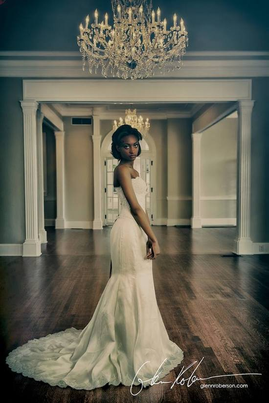 Pixton_couturebridal_SeparkMansion