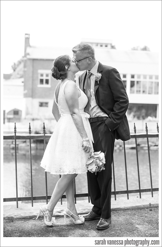 SarahVanessaPhotography-Dover-NH-Elope-Wedding-City-Hall_0020