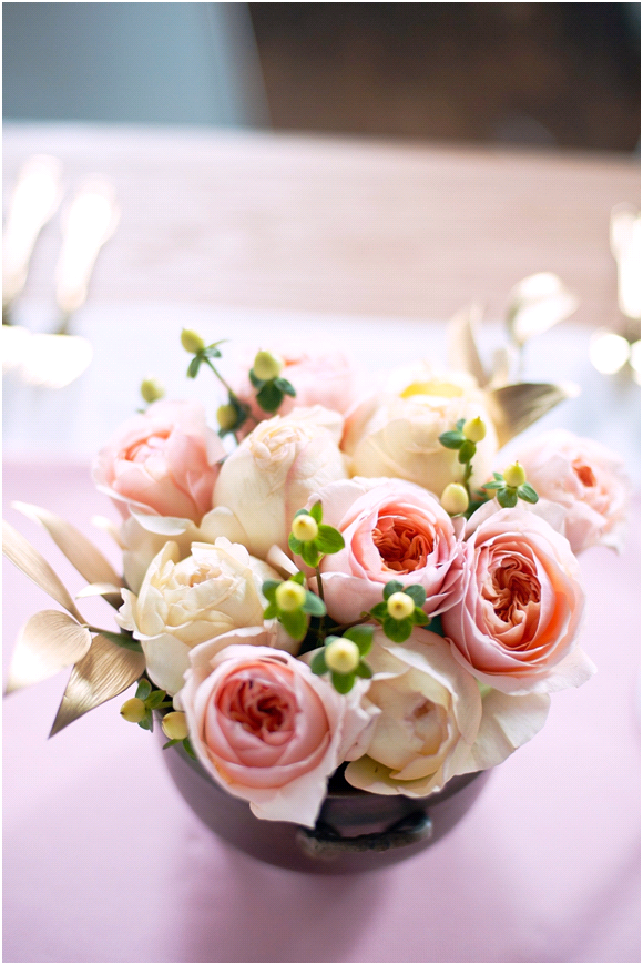 Peach-wedding-flowers-reception-centerpieces-summer-wedding-ideas-inspiration.original