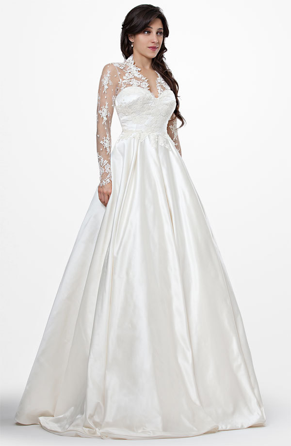 Chic Manuel Mota Classic A Line Wedding Dresses Like Kate