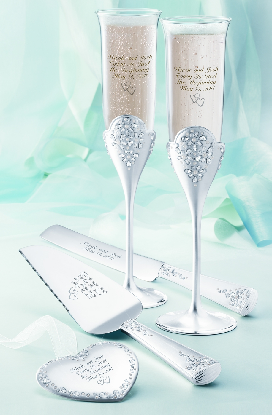 Classic Toasting Flutes And Wedding Cake Server Set From Things