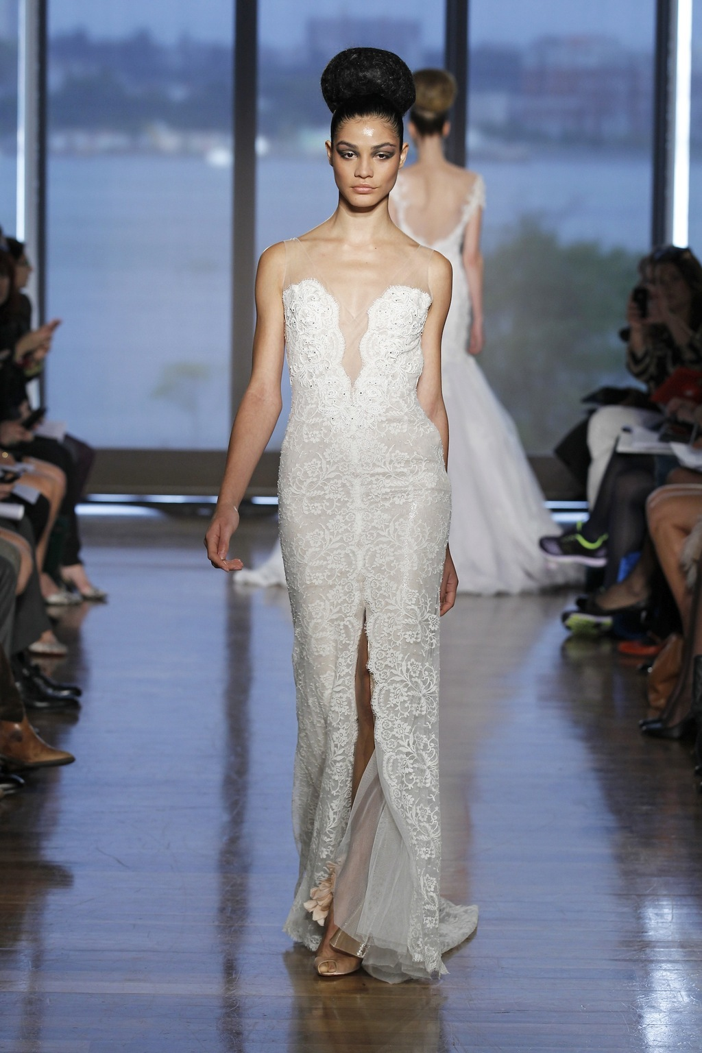 Maia_by_ines_di_santo_2014_couture_collection.full.full
