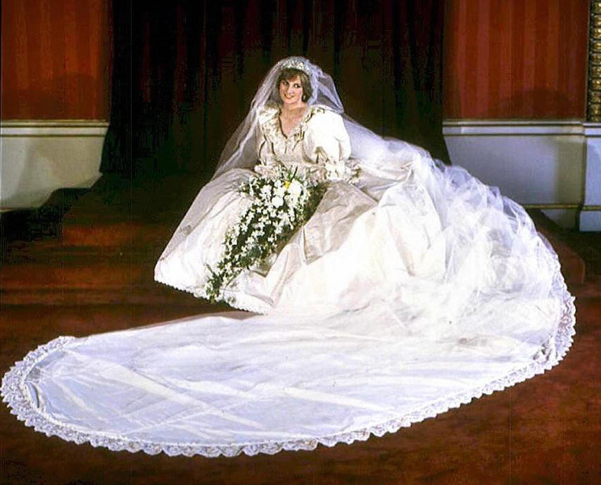 Royal-weddings-princess-diana-dramatic-white-wedding-dress.full