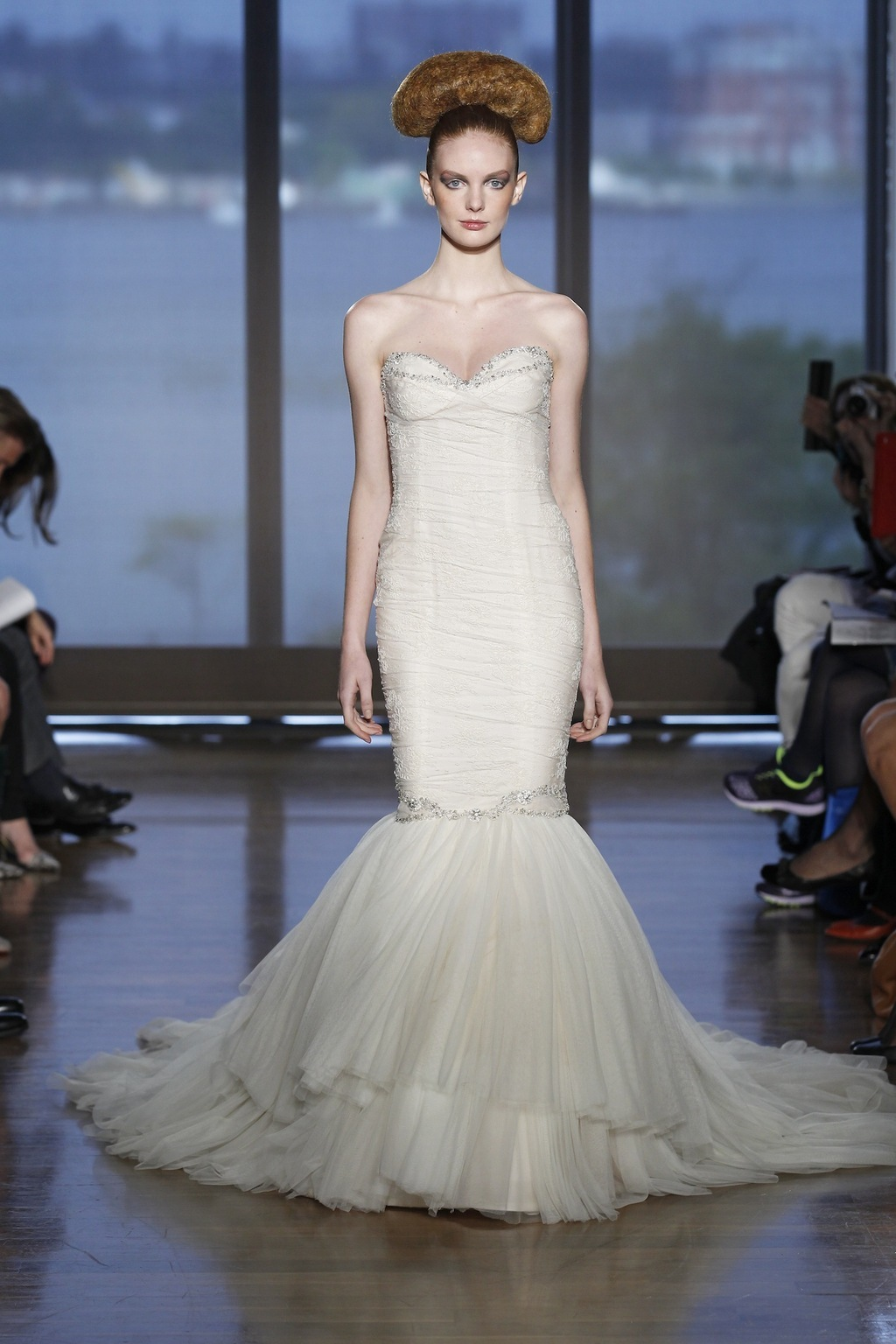 Theia_by_ines_di_santo_2014_couture_collection.full.full